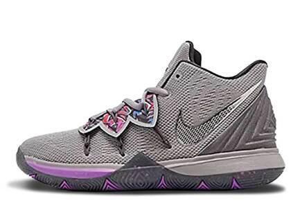 Nike Kyrie 5 Graffiti GSの写真