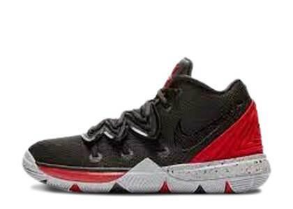 Nike Kyrie 5 Bred PSの写真