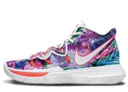 Nike Kyrie 5 Neon Blends PEの写真