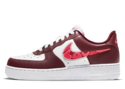 Nike Air Force 1 07 SE Love for All Brown Womwnsの写真