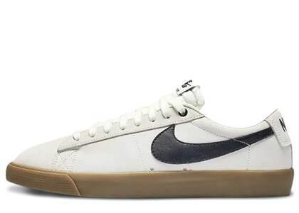 Nike SB Blazer Low GT Ivory Black Gumの写真