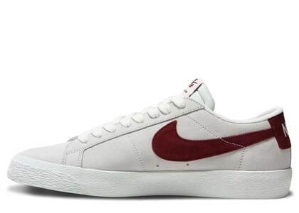 Nike SB Blazer Low Summit White Dark Team Redの写真