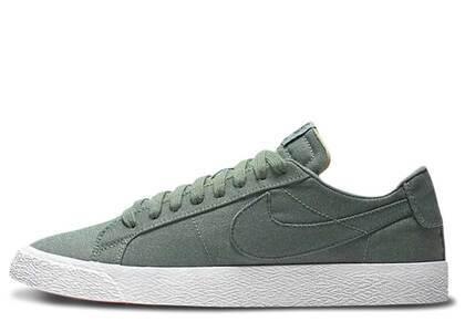 Nike SB Blazer Low Canvas Decon Clay Greenの写真