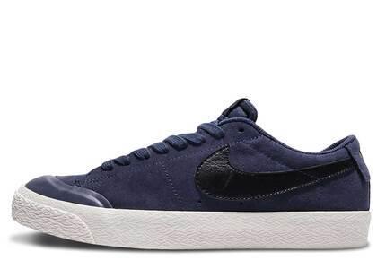 Nike SB Blazer Low XT Deep Nightの写真
