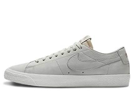 Nike SB Blazer Low Decon Light Boneの写真