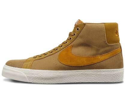 Nike SB Blazer Mid Oski Orange Labelの写真