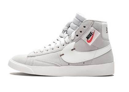 Nike Blazer Mid Rebel Off White Womensの写真
