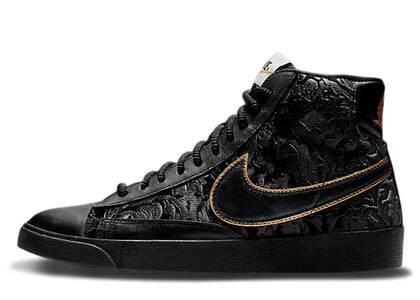 Nike Blazer Mid Velvet Black Metallic Gold Womensの写真