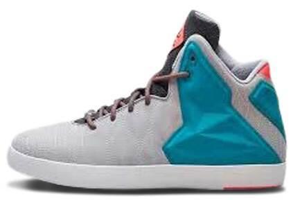 Nike LeBron 11 NSW Miami Viceの写真