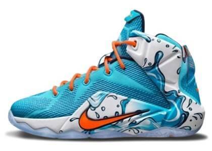 Nike LeBron 12 Buckets GSの写真