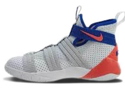 Nike LeBron Zoom Soldier 11 Ultramarine GSの写真