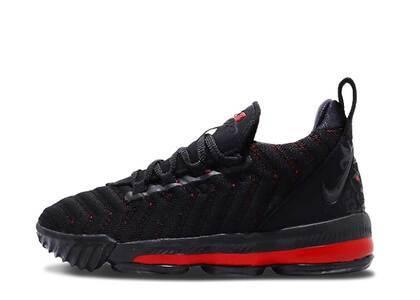 Nike LeBron 16 Fresh Bred PSの写真