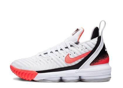 Nike LeBron 16 White Hot Lava PSの写真