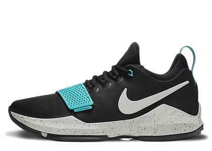 Nike PG 1 Black Aquaの写真