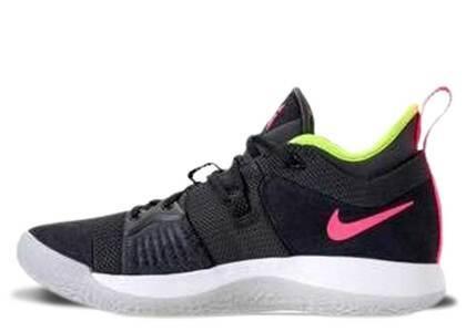 Nike PG 2 Anthracite Hot Punchの写真