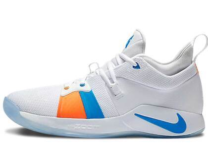 Nike PG 2 White Iceの写真
