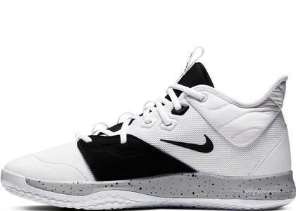 Nike PG 3 Moonの写真