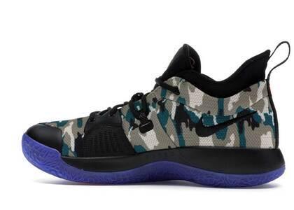 Nike PG 2 EYBLの写真