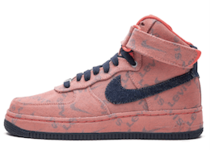 Nike Air Force 1 High Levi's Exclusive Denimの写真