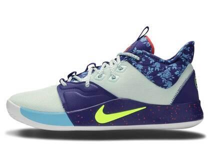 Nike PG 1 BHMの写真