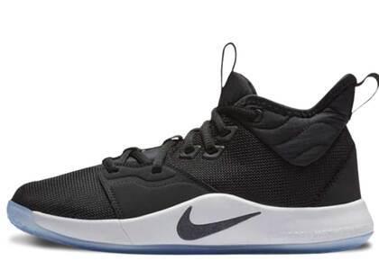 Nike PG 3 Black White GSの写真