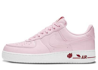 Nike Air Force 1 07 LX Rose Pinkの写真