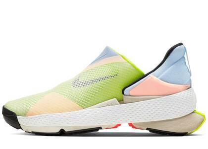 Nike Go Flyease White Celestine Blue Voltの写真