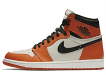 Nike Jordan 1 Retro Reverse Shattered Backboardの写真