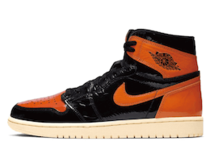 Nike Air Jordan 1 Retro High Shattered Backboard 3.0 (GS)の写真