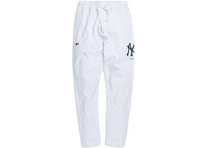 Kith For Major League Baseball New York Yankees Logo Sweatpant Light Heather Greyの写真