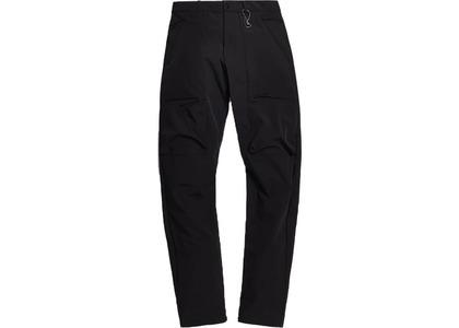 Kith Tech Cargo Trouser Blackの写真