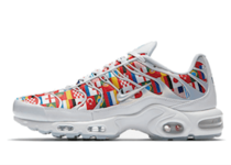 NIKE AIR MAX PLUS NIC QS WHITE/MULTI-COLORの写真