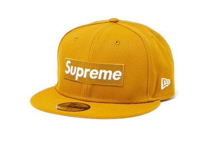 Supreme Champions Box Logo New Era Wheatの写真