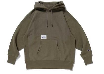 Wtaps × Champion Reverse Weave Hooded Sweatshirt Oliveの写真