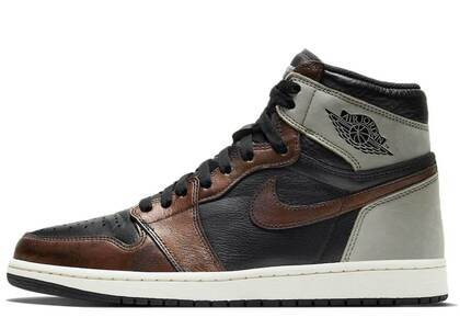 Nike Air Jordan 1 Retro High OG Rust Shadowの写真