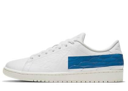 Nike Air Jordan 1 Center Court White Military Blueの写真