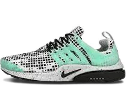 Nike Air Presto Green Glow Pixelsの写真
