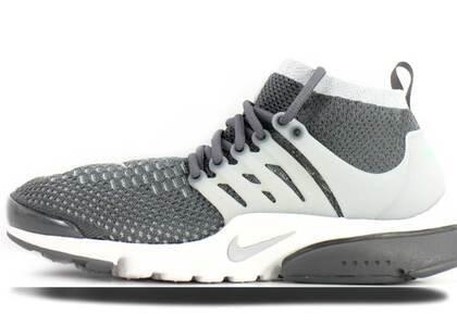 Nike Air Presto Flyknit Ultra Dark Grey Wolf Greyの写真