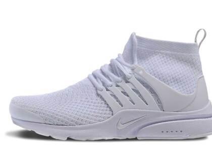 Nike Air Presto Flyknit Ultra Triple Whiteの写真
