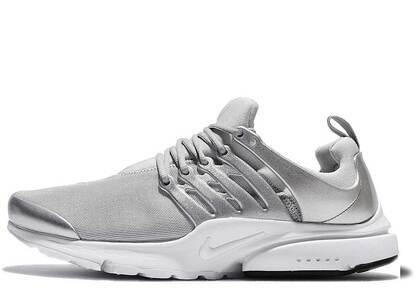 Nike Air Presto Metallic Silverの写真