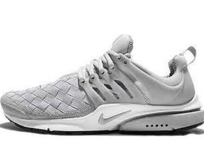 Nike Air Presto Woven Wolf Greyの写真