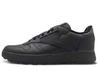 Maison Margiela × Reebok Classic Leather Tabi Blackの写真