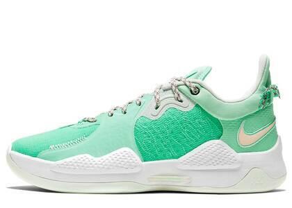 Nike PG5 EP Green Glowの写真