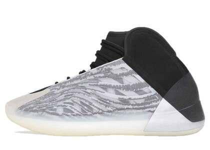adidas Yeezy BSKTBL QNTMの写真
