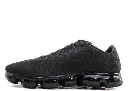 Nike Air VaporMax Leather Triple Blackの写真