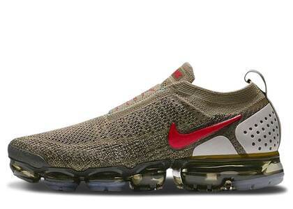 Nike Air VaporMax Moc 2 Neutral Olive Habanero Redの写真