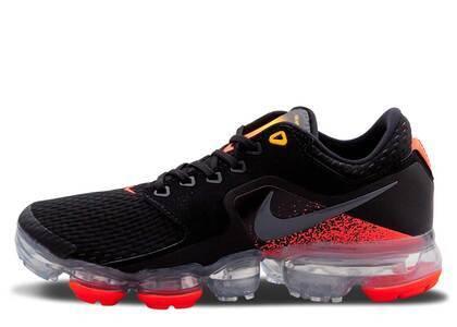 Nike Air VaporMax CS Black Total Crimson GSの写真