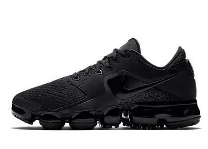 Nike Air VaporMax CS Triple Black GSの写真