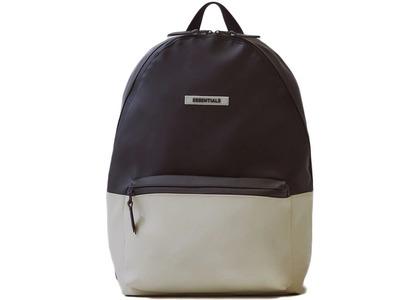 ESSENTIALS Waterproof Backpack Black/Whiteの写真