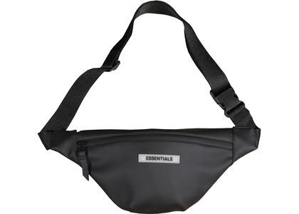 ESSENTIALS Waterproof Sling Bag Blackの写真